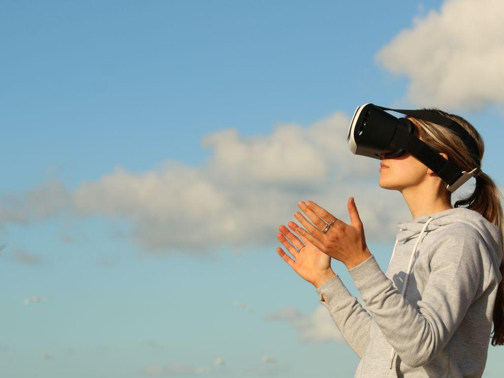 Virtual Girl rencontres jeux