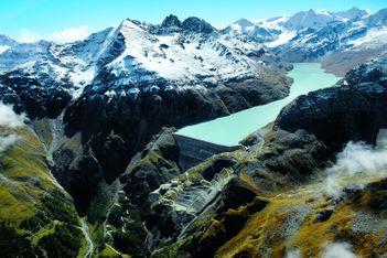 Plus haut barrage-poids du monde au val des Dix