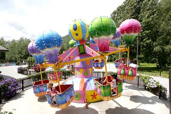 Parc d'attractions extérieur