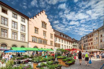 Promenade gourmande et ludique dans la vieille ville de Bienne
