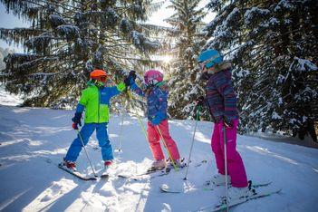 Bons plans familles: 20 pistes pour un hiver pas cher