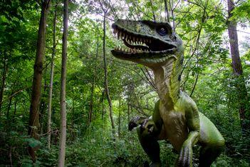 Du 8 mai au 29 août 2021, expo géante autour des dinosaures