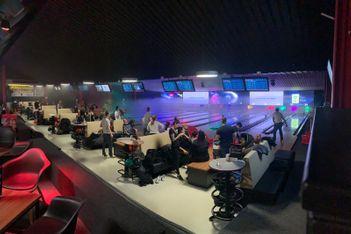 Avec ses trois centres situés à Lausanne et Martigny,  Bowland est la destination idéale pour vos prochaines soirées bowling en famille ou entre amis.