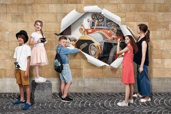 Vivez en famille un jeu de piste palpitant à la recherche de fresques Belle Époque au cœur de la ville de Neuchâtel !