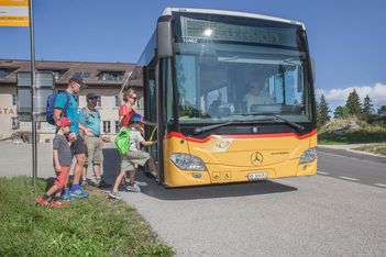 """Cet été, voyagez local grâce à 9 excursions """"clé en main"""" et partez à la découverte de surprenantes destinations en Suisse romande et dans le Haut-Valais"""