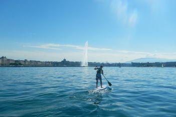 Cours de stand up paddle et de windsurf à Cologny (Genève)
