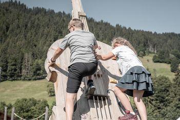 Parcours sonores et alpins pour les familles à Saanen