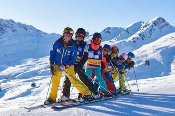 Cours de ski et de snowboard gratuits pour les moins de 17 ans