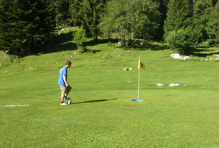 Footgolf Basseruche 18 trous.jpg