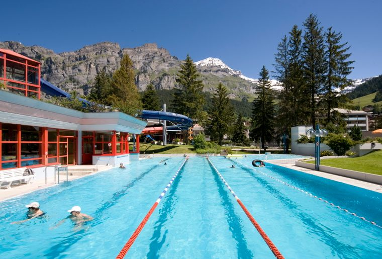 Leukerbad therme valais lo che les bains activit for Bains thermaux france