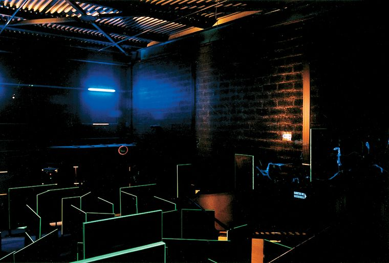 laser game activit. Black Bedroom Furniture Sets. Home Design Ideas