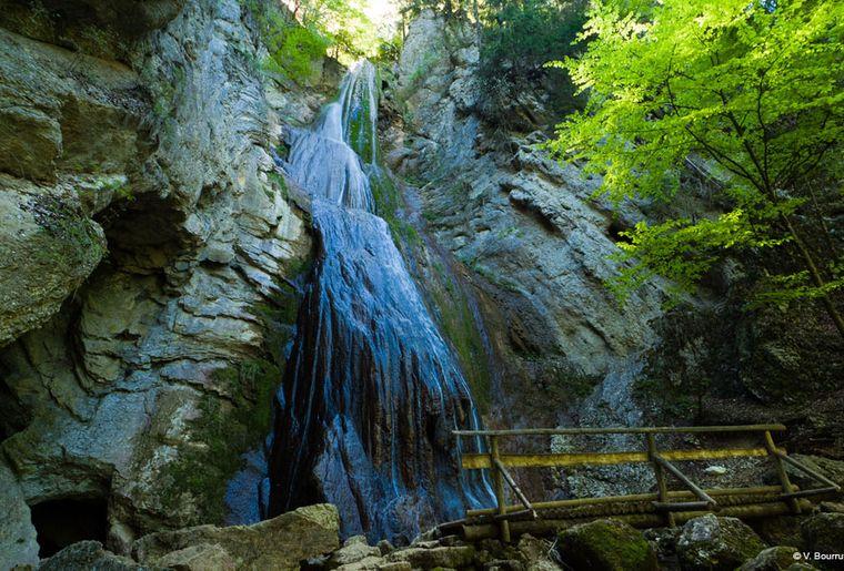 Cascade de Môtiers, (c) V. Bourrut.jpg