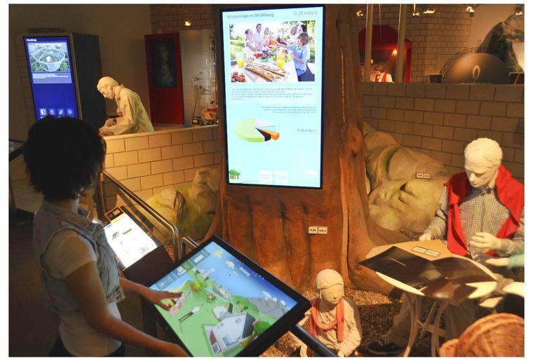 Touchscreens Ausstellung.jpg