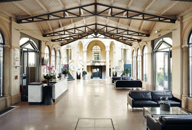 Hotel lobby GRAND HOTEL DES BAINS.jpg