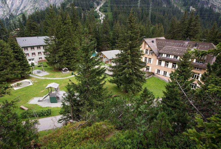 Hotel_Handeck_Aussenansicht1.jpg