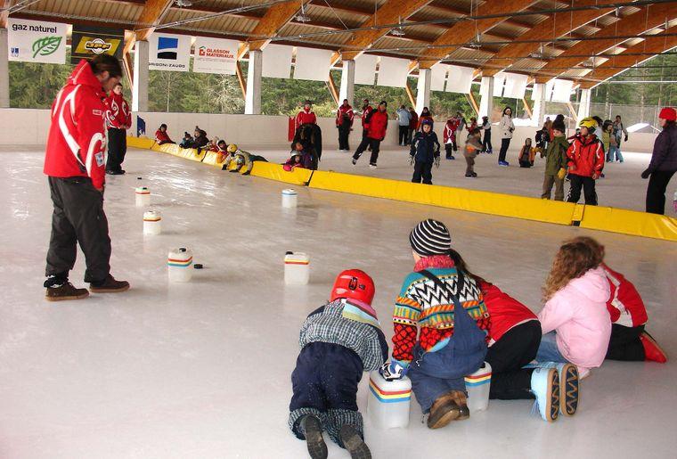 légende 3 - Paccots - bidanque sur glace.JPG