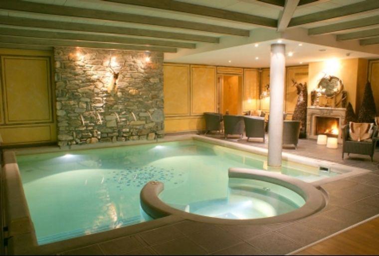 Le spa L'Eau des Cimes du Grand Hôtel Bella Tola & St-Luc (VS).jpg