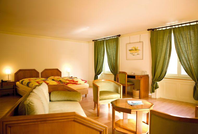 Hotel de l'Aigle_chambre.jpg