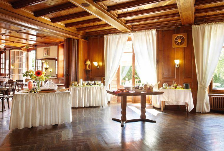 Hotel de l'Aigle_petit-de¦üjeuner.jpg
