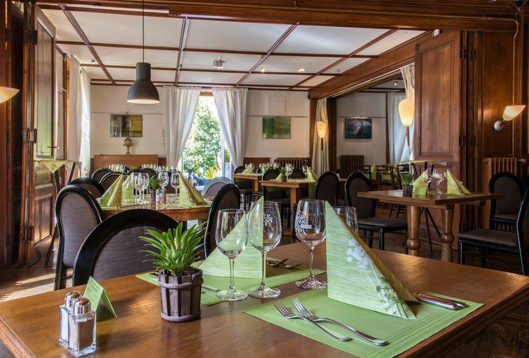 Hotel de l'Aigle_restaurant.jpg