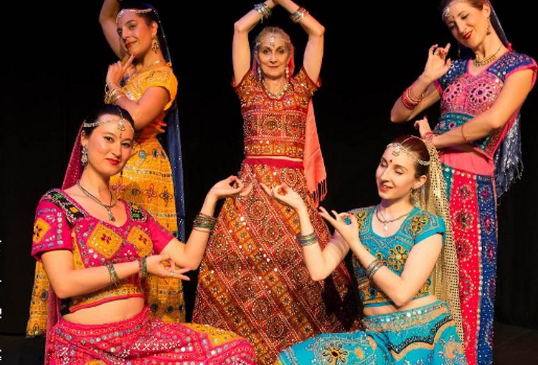 danse indienne.PNG
