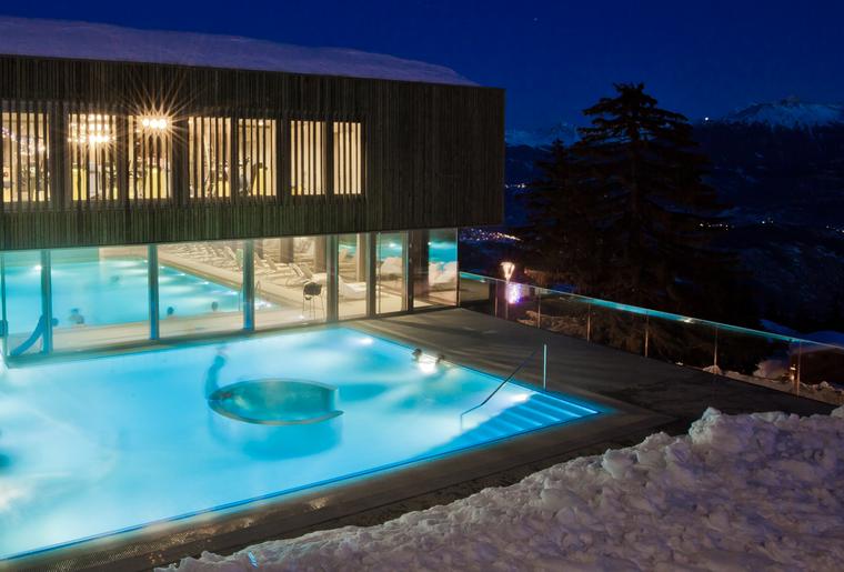 Top 10 des meilleurs bains thermaux de suisse romande for Piscine yverdon
