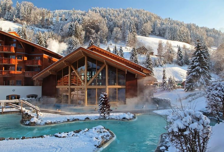 top 10 des meilleurs bains thermaux de suisse romande actualit s. Black Bedroom Furniture Sets. Home Design Ideas