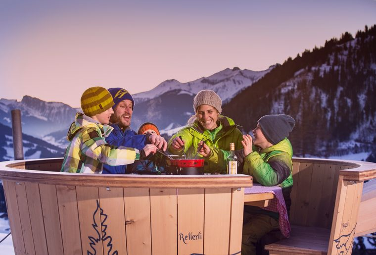 Fondue_Winter@Gstaad Mountain Rides.jpg