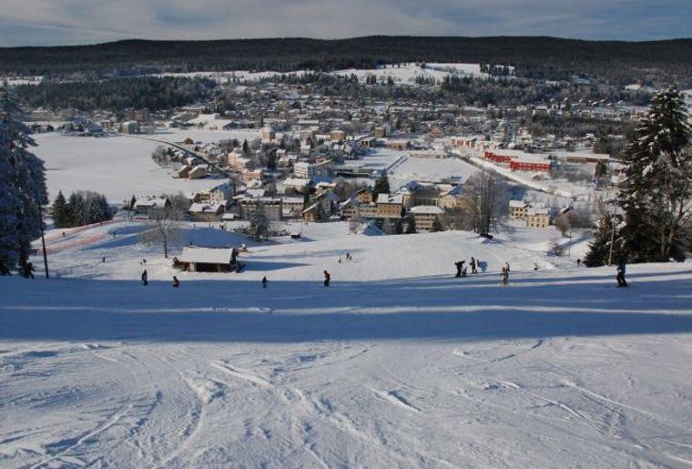 La station de Vallée de Joux Vaulion compte 42 km de pistes tous niveaux..jpg