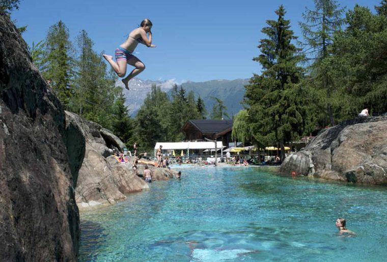 les plus belles piscines de suisse romande dossier