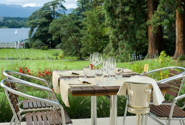 brasserie-du-parc-des-eaux-vives-geneve-belle-terrasse.jpg