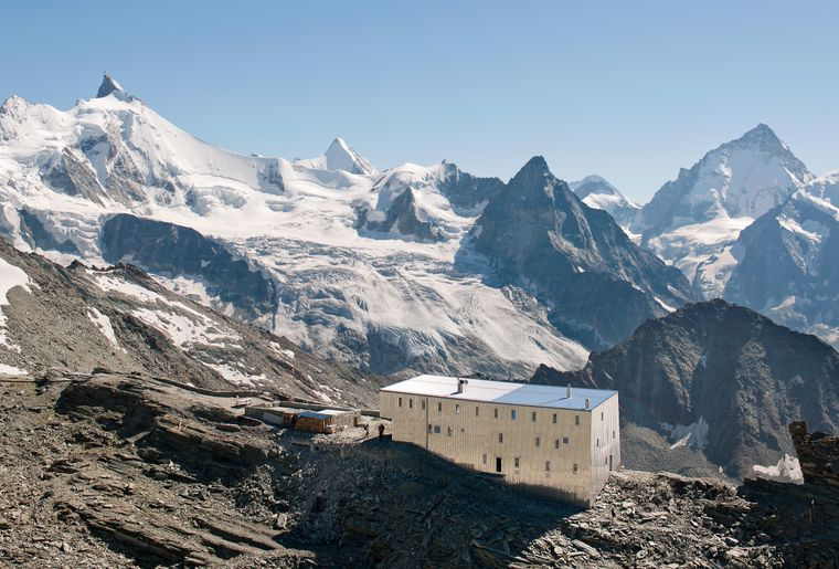 Cabane de Tracuit (VS) - ThomasJantscher.jpg