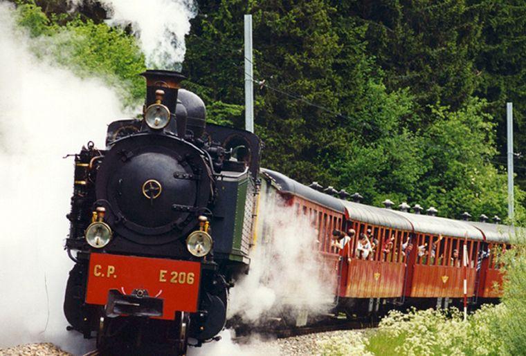 La Traction, train à vapeur des Franches-Montagnes (JU).jpg