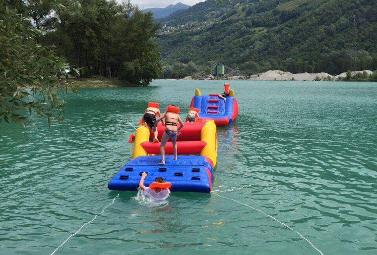 Les Reines - Course d'obstacles aquatique1.JPG