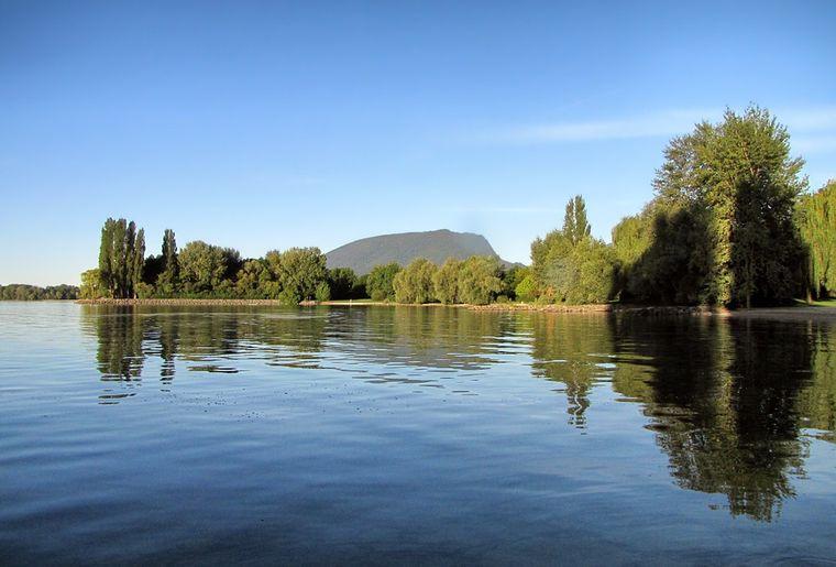 plage-auvernier-rives-lac-neuchatel-baignade-loisirs.ch.jpg