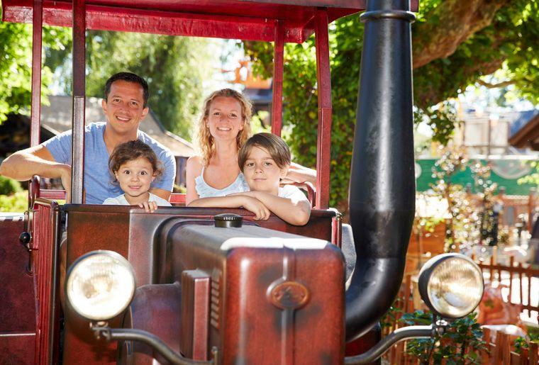 Old_Mac_Donalds_Tractor_Fun.jpg