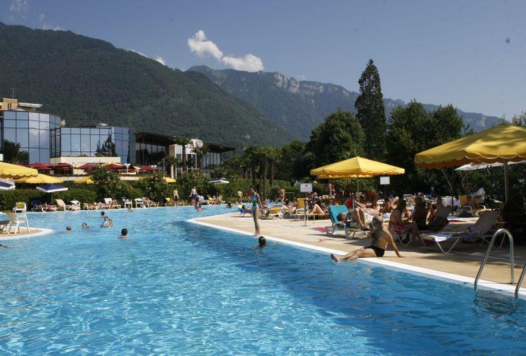 piscine montreux casino