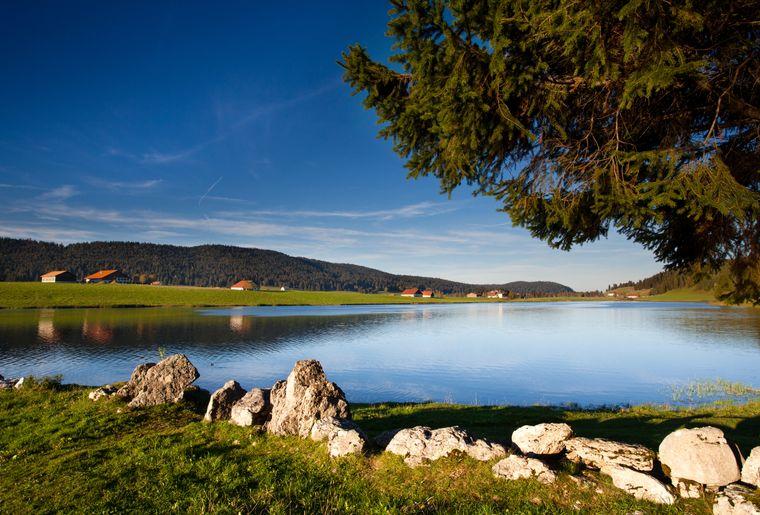 Lac des Taillères à La Brévine (NE) - Vincent Bourrut.jpg