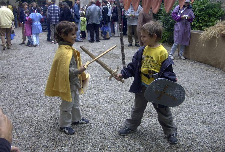 fete_medievale_chateau_grandson_06.jpg