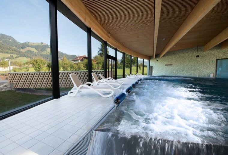 Un nouveau bassin aux bains de la gruy re actualit s for Bains thermaux france