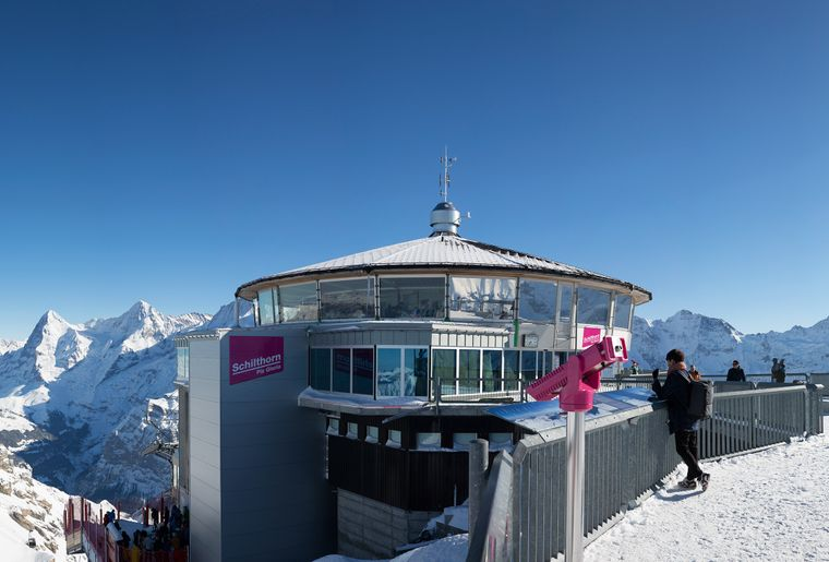 Schilthorn Piz Gloria Bern Oberland Jungfrau 007 Bond Winter Restaurant.jpg
