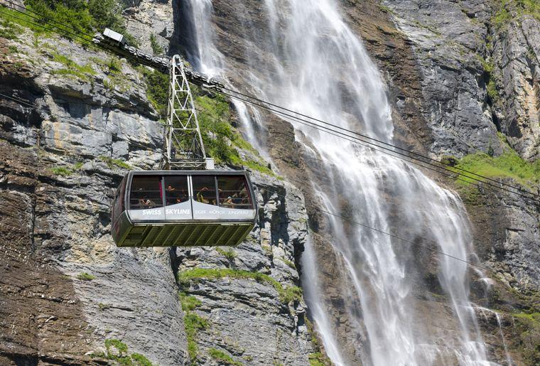 Schilthorn Piz Gloria Bern Oberland Jungfrau Wasserfall.jpg