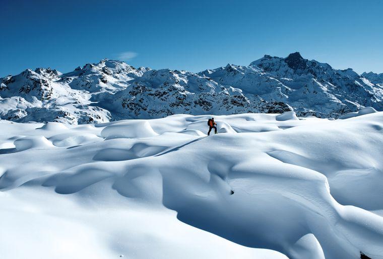 Ski de randonnee dans le Haut Val de Bagnes dessus de Fionnay - Switzerland Tourism - By-Line swiss-image.chFrancois Perraudin.jpg