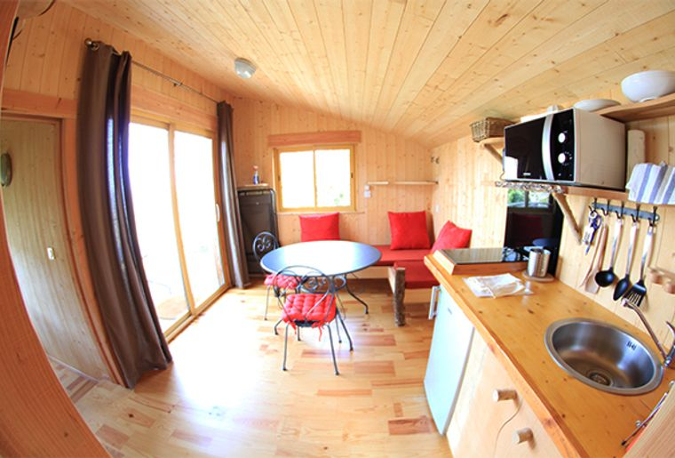 salon cabane _La Pinède_.jpg