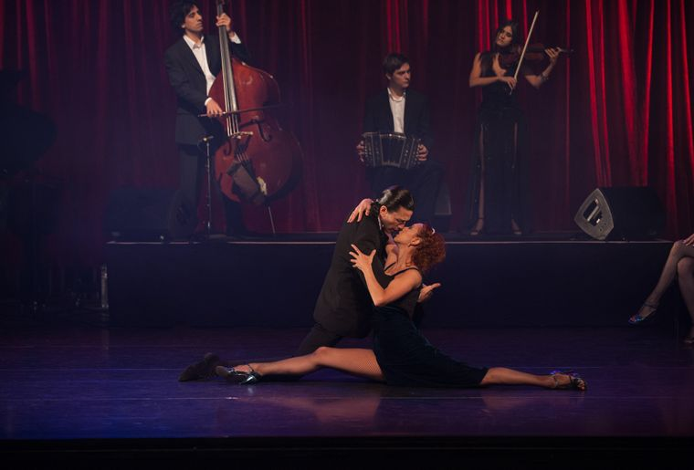 Sebastian Alvarez & Victoria Saudelli 2.jpg