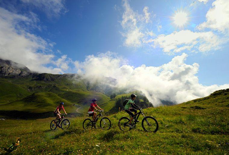 Crans-Montana © Valais-Wallis Promotion -Christian Perret.jpg