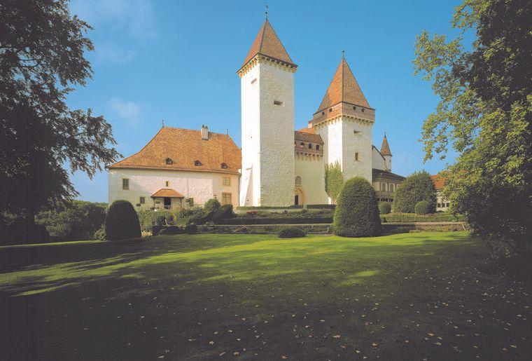 château de L Sarraz.jpg