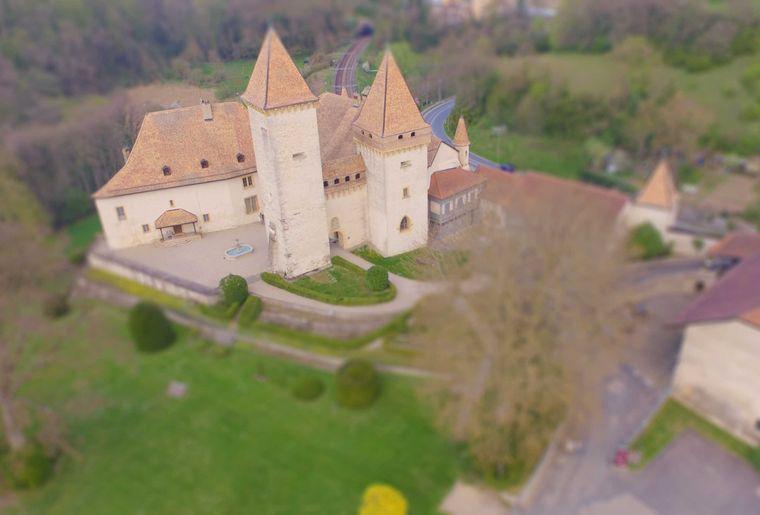 Château de la sarraz2.jpg