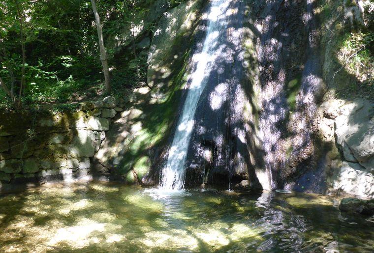 cascade sorcière (c) Jura Bernois Tourisme.JPG