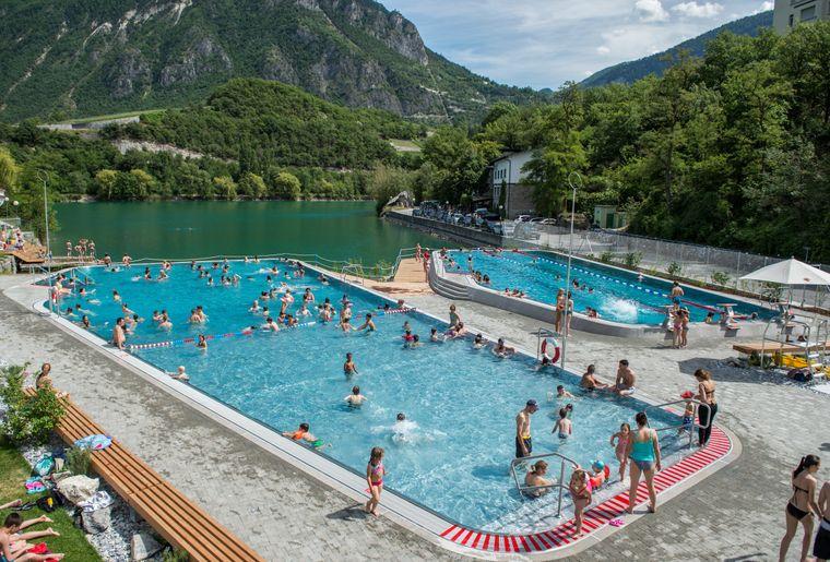 Piscine du lac de g ronde valais sierre activit for Tours piscine du lac